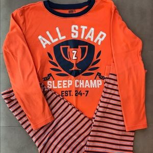 Crazy 8 cotton pajamas set for boys in size 12